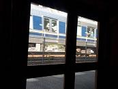 窓から電車.jpg